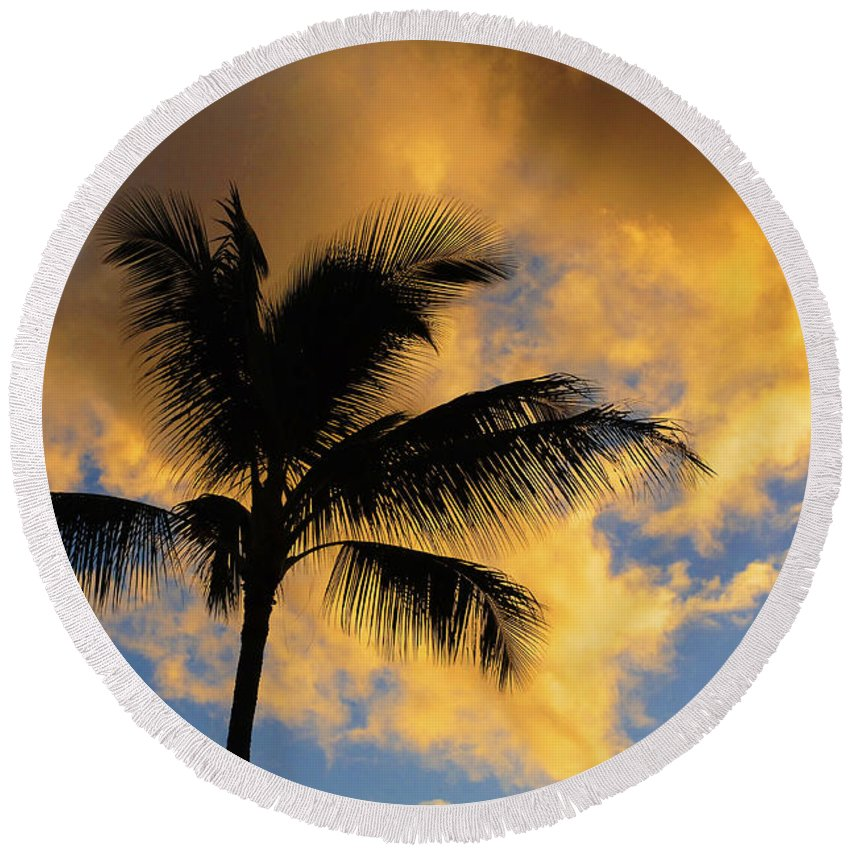 Hanalei Pier Kauai Round Beach Towel featuring the photograph Hawaiian Sunset Hanalei Bay 5 by Bob Christopher
