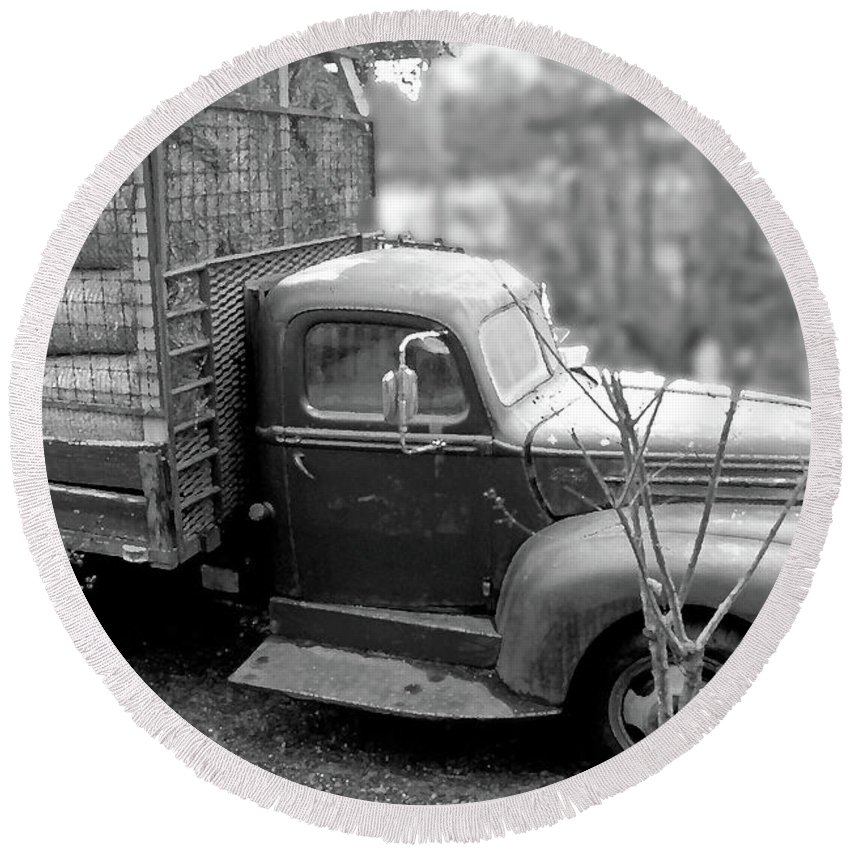 Old Round Beach Towel featuring the photograph Hay Truck by Wayne Archer