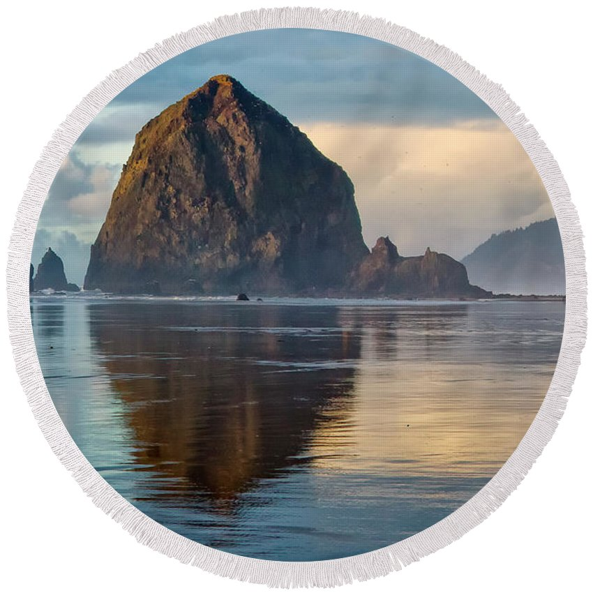 Pacific Ocean Round Beach Towel featuring the photograph Haystack Rock by Albert Seger