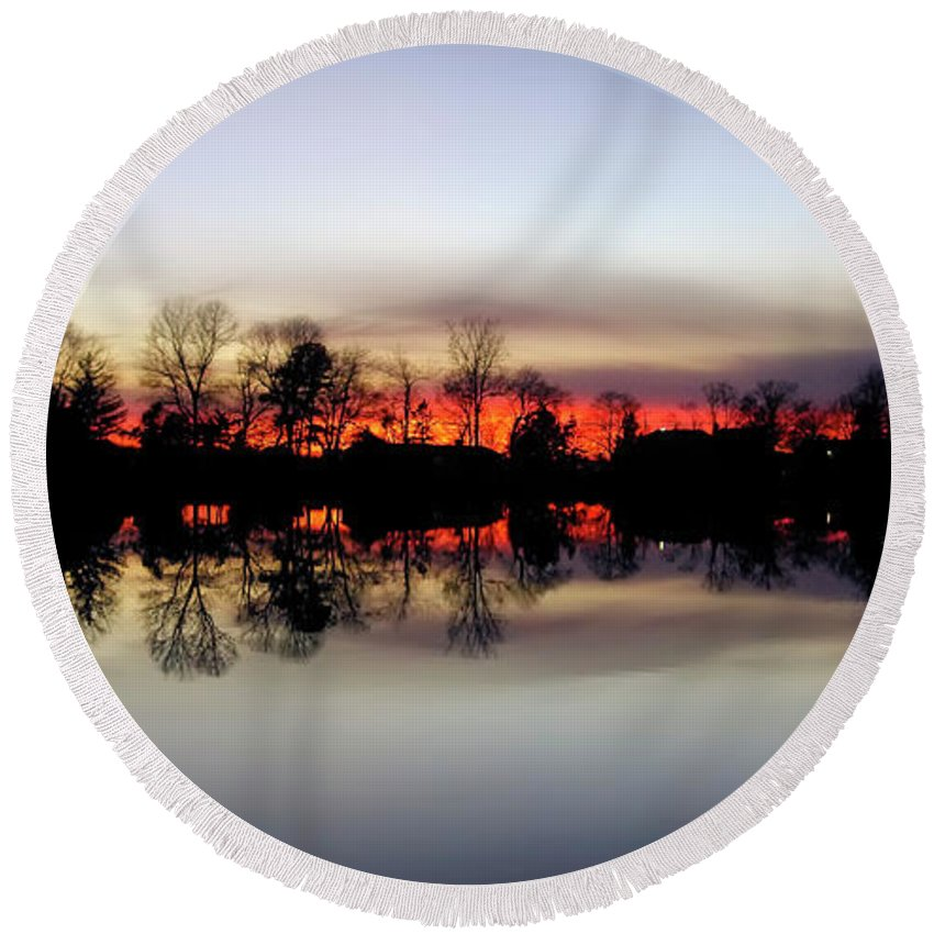2d Round Beach Towel featuring the photograph Hearns Pond Silhouette by Brian Wallace