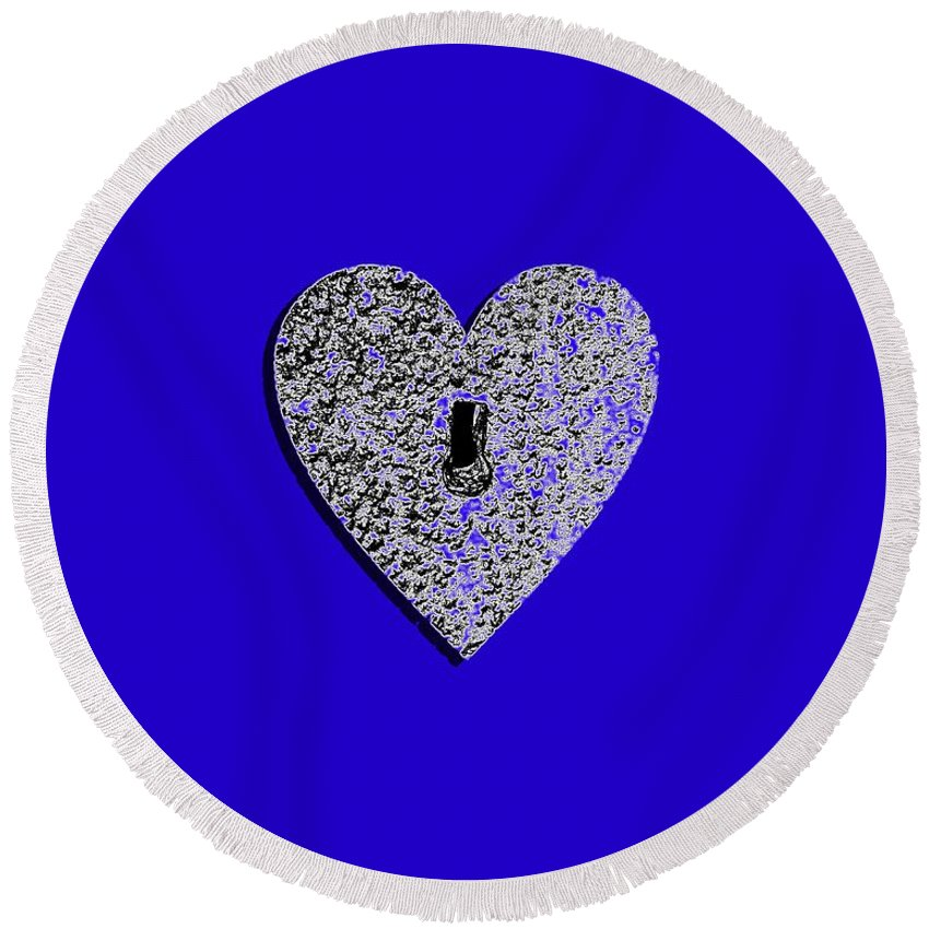Heart Round Beach Towel featuring the photograph Heart Shaped Lock .png by Al Powell Photography USA