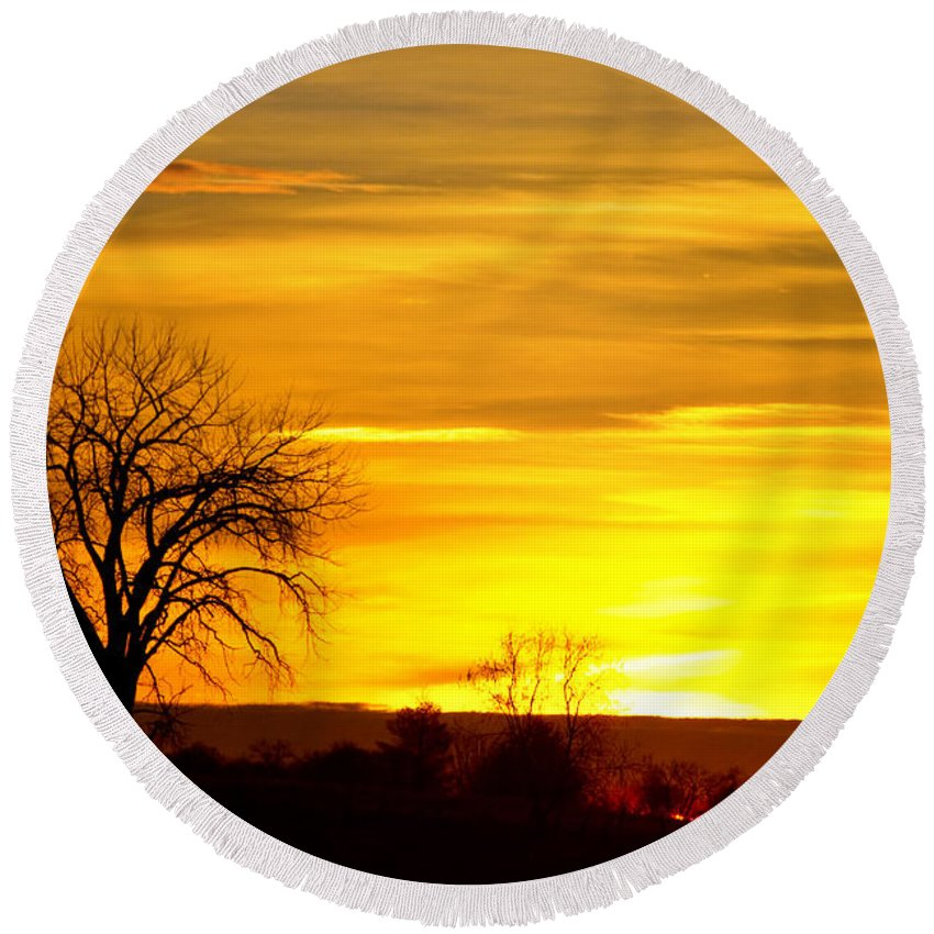 canvas Print Round Beach Towel featuring the photograph Here Comes The Sunrise by James BO Insogna