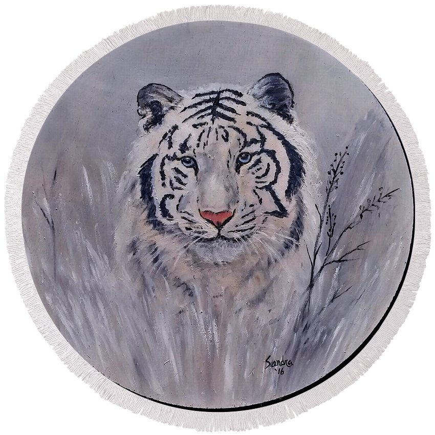 White Tiger Round Beach Towel featuring the painting Here I Am by Sandra Maddox