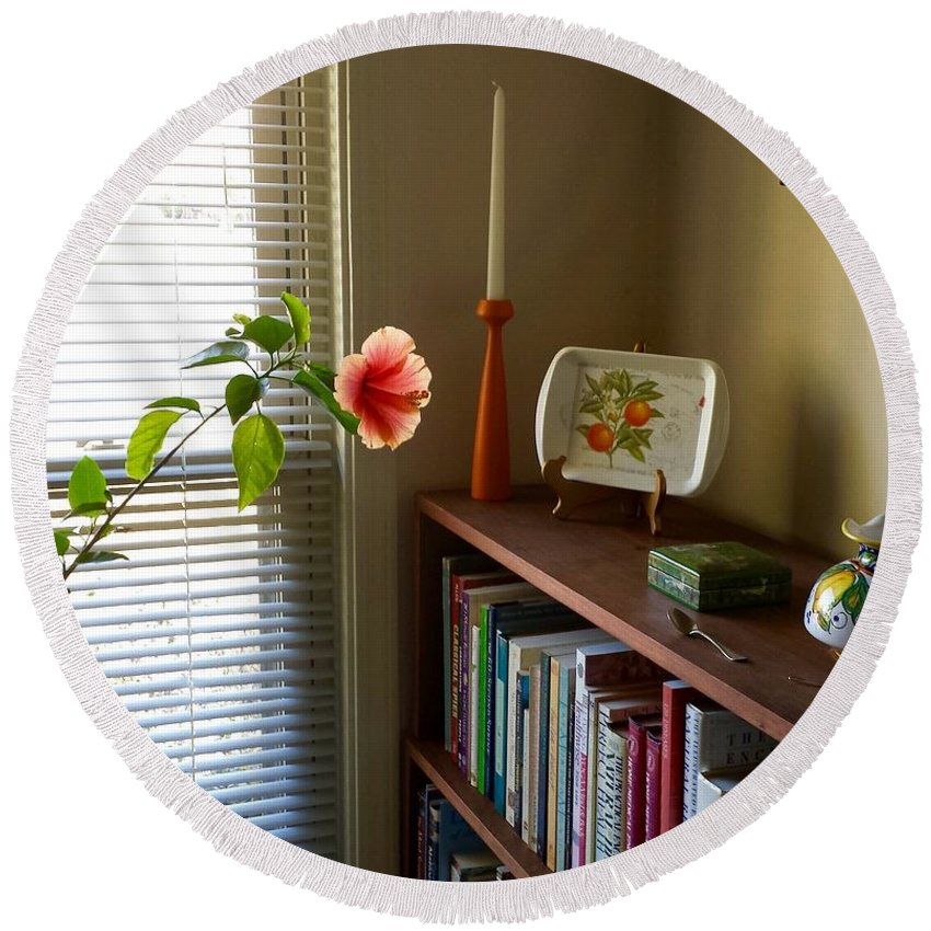 Peach Round Beach Towel featuring the photograph Hibiscus And Friends by Susan Wyman