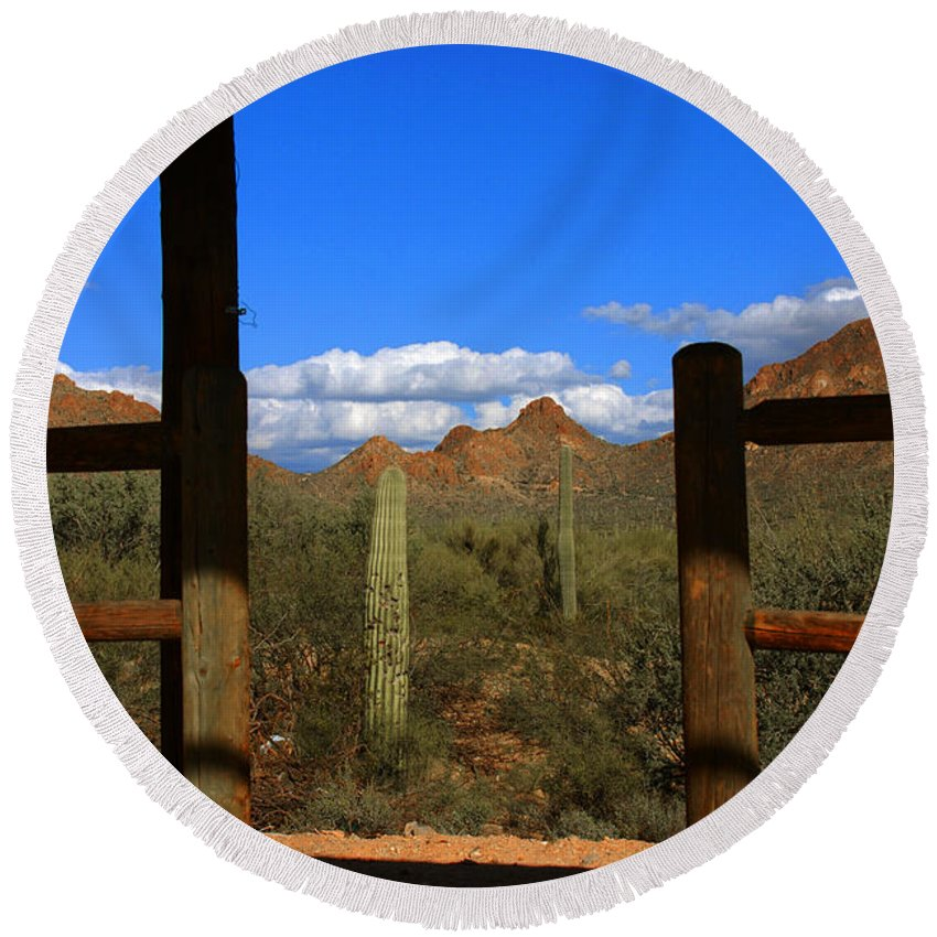 High Chaparral Round Beach Towel featuring the photograph High Chaparral - Mountain View by Susanne Van Hulst