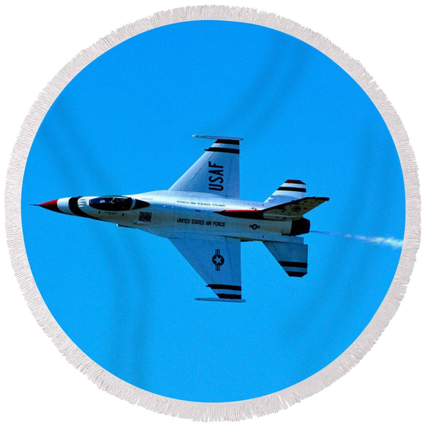 Thunderbirds Round Beach Towel featuring the photograph High Speed Pass by Don Mercer
