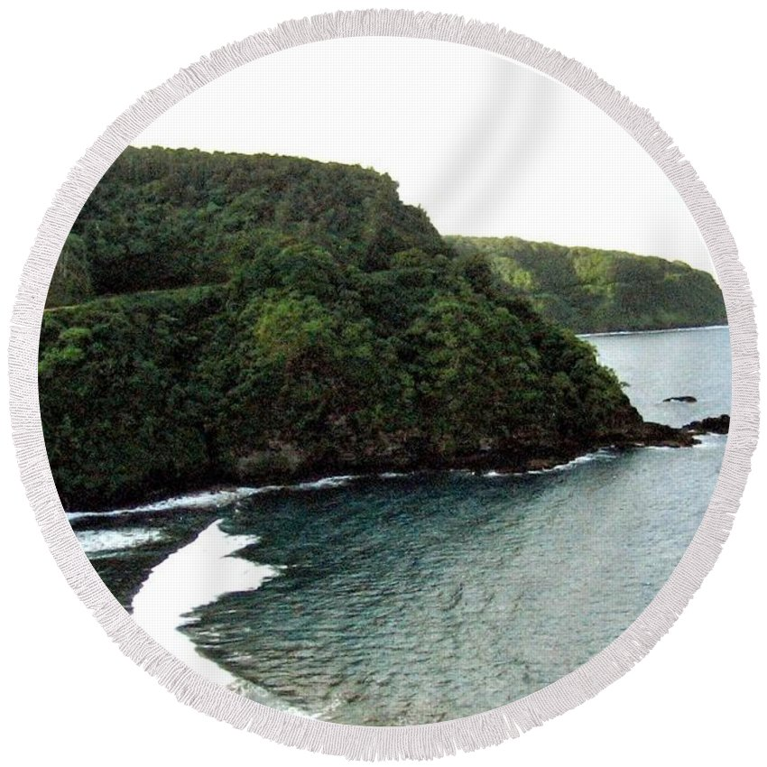 1986 Round Beach Towel featuring the photograph Highway To Hana by Will Borden