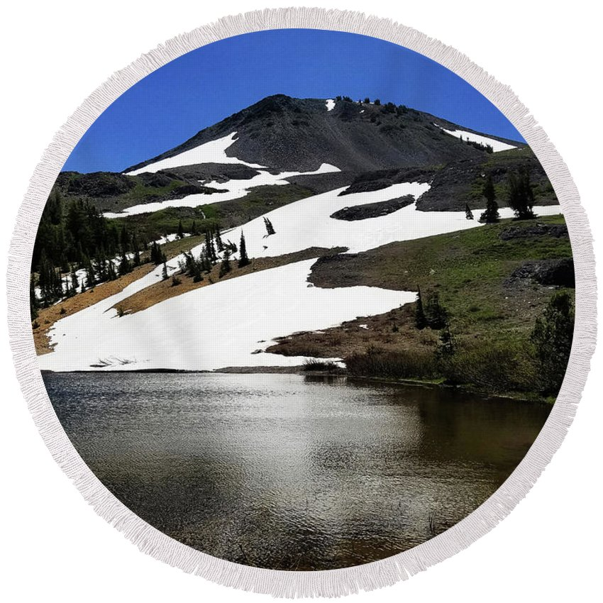 Hiram Peak Round Beach Towel featuring the photograph Hiram Peak Glaciers by Aaron James