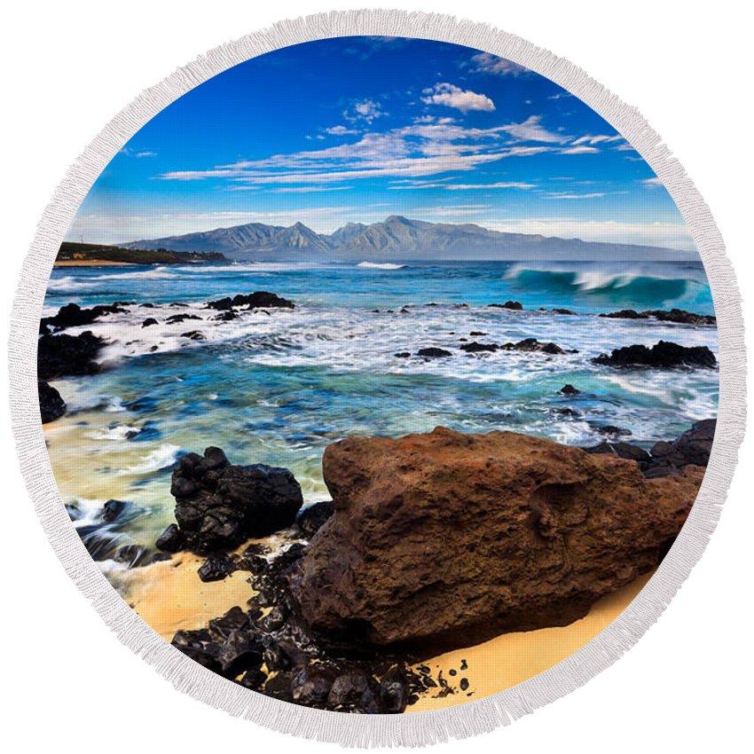 Ho'okipa Round Beach Towel featuring the photograph Hookipa Sunrise #3 by Nature Photographer