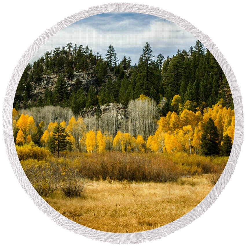 Fall Colors Round Beach Towel featuring the photograph Hope Valley by Misty Tienken