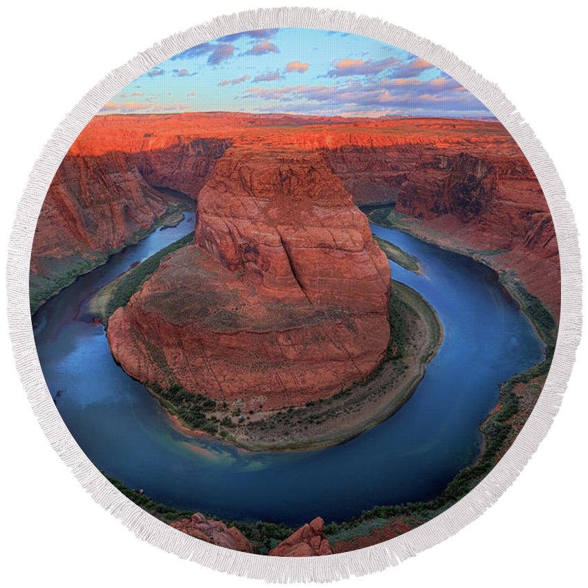 America Round Beach Towel featuring the photograph Horseshoe Bend Sunrise by Inge Johnsson