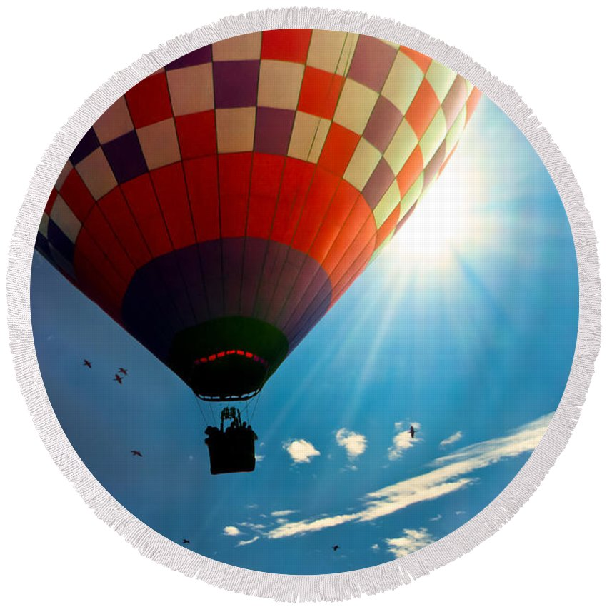 Hot Air Balloon Round Beach Towel featuring the photograph Hot Air Balloon Eclipsing The Sun by Bob Orsillo