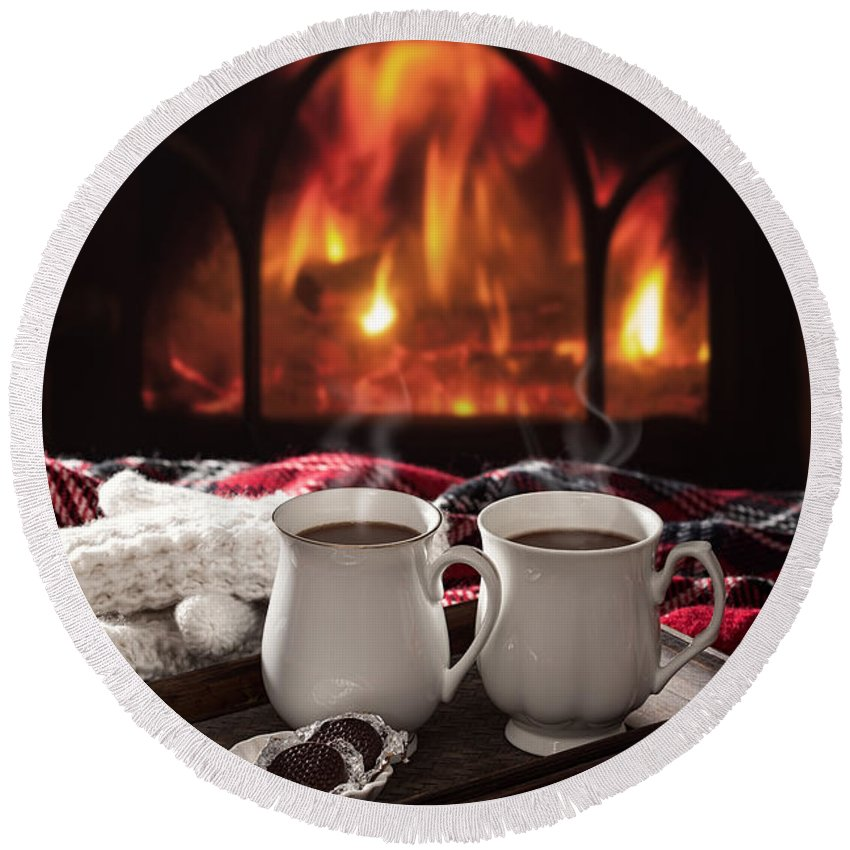 Hot Round Beach Towel featuring the photograph Hot Chocolate Drinks by Amanda Elwell