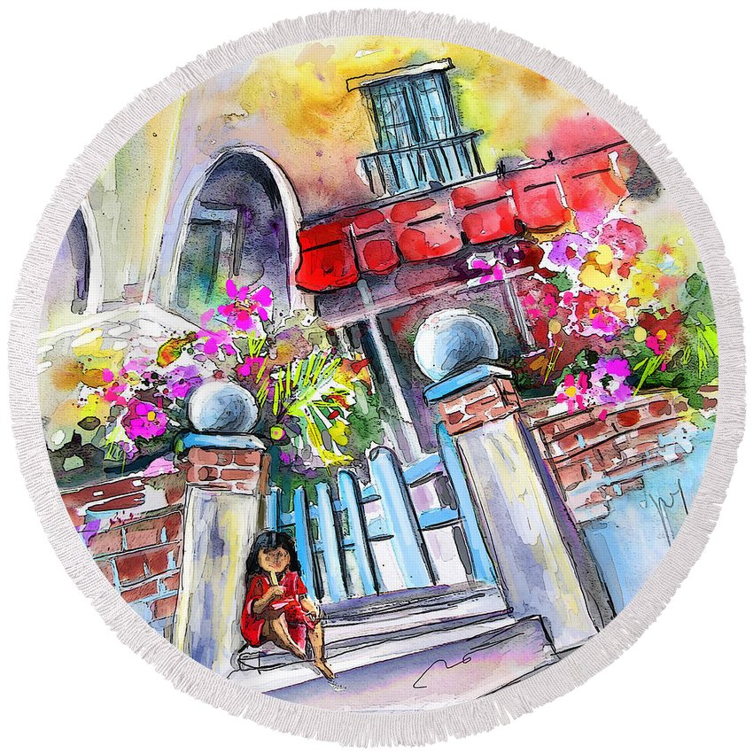 Garrucha Painting Round Beach Towel featuring the painting House Entrance In Garrucha by Miki De Goodaboom