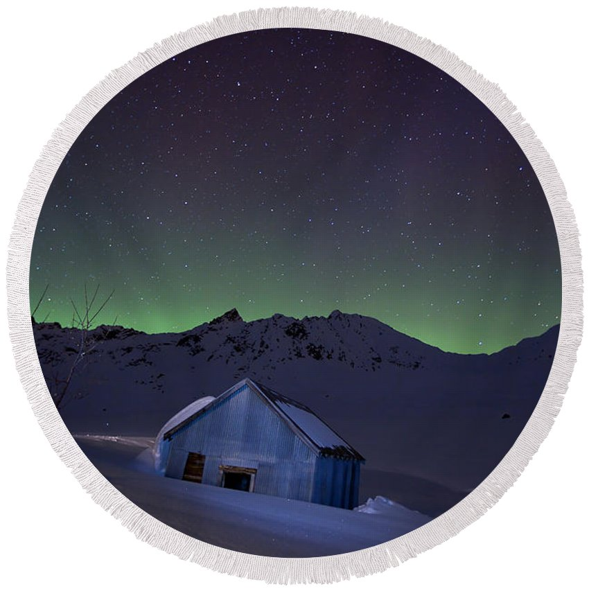 Alaska Round Beach Towel featuring the photograph House Of Blue by Ed Boudreau