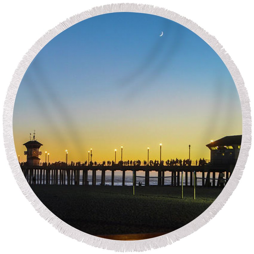 2014 Round Beach Towel featuring the photograph Huntington Beach High Surf At Night by Tommy Anderson