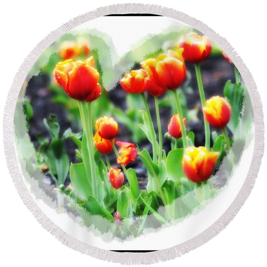 Heart Round Beach Towel featuring the photograph I Heart Tulips by Bill Cannon