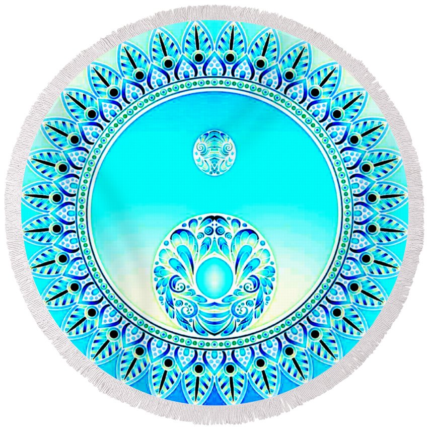 Mandala Round Beach Towel featuring the digital art Ice by Amanda Pandolfi