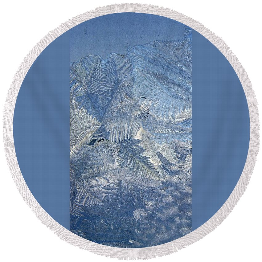 Ice Round Beach Towel featuring the photograph Ice Crystals by Rhonda Barrett