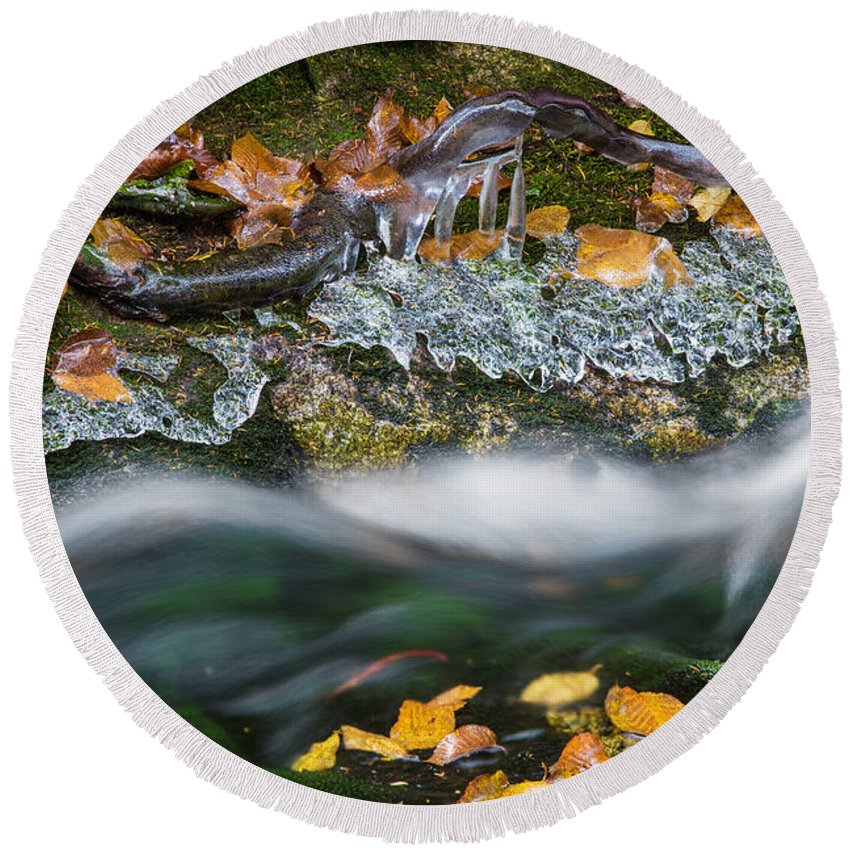 Icy Round Beach Towel featuring the photograph Icy Foliage Stream by Chris Whiton