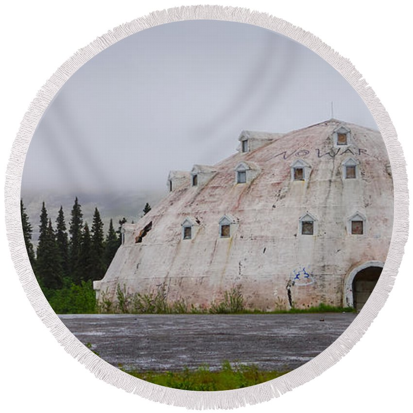 Abandoned Round Beach Towel featuring the photograph Igloo Hotel by Jennifer White