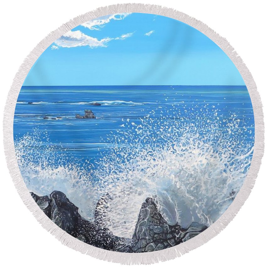 Ocean Round Beach Towel featuring the painting Splash by Hunter Jay