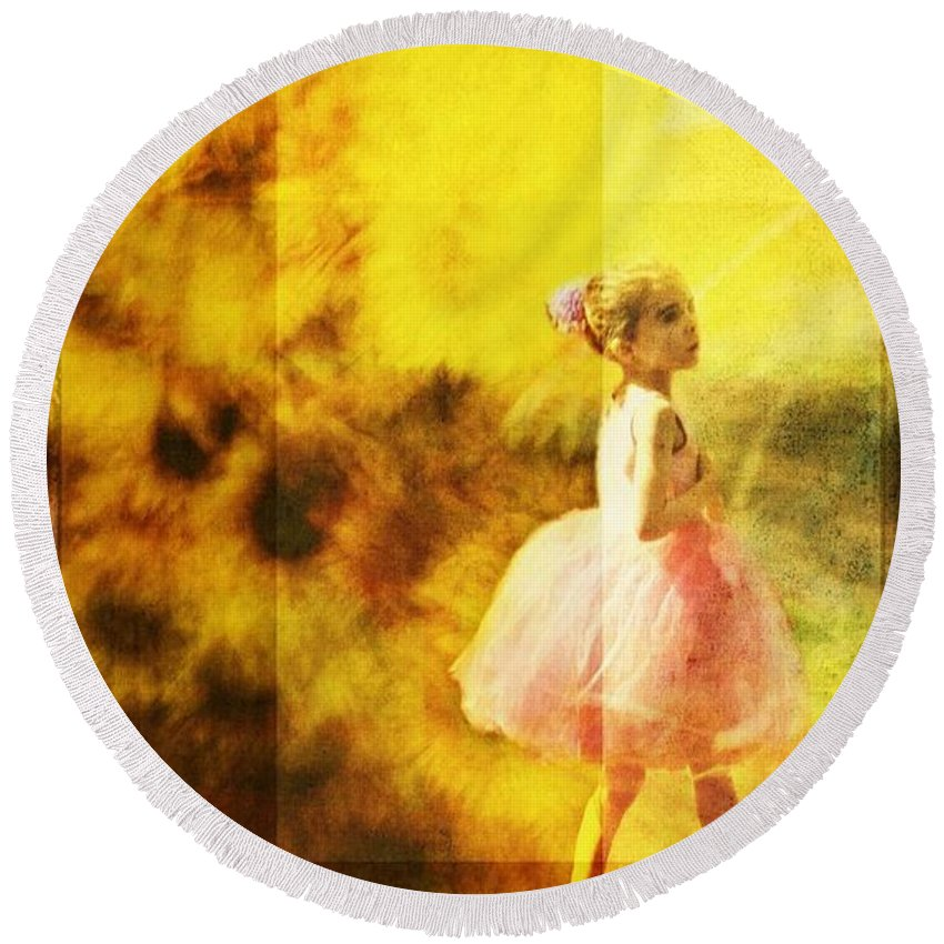 Girl Round Beach Towel featuring the photograph In My Pink Tutu by Alice Gipson