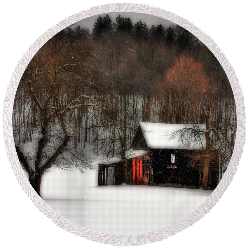 Winter Round Beach Towel featuring the photograph In Winter by Lois Bryan
