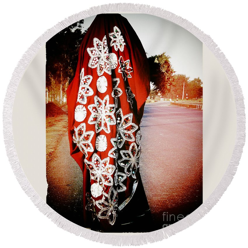Indian Round Beach Towel featuring the photograph Indian Woman In Red- Vignette by Sonal Dave