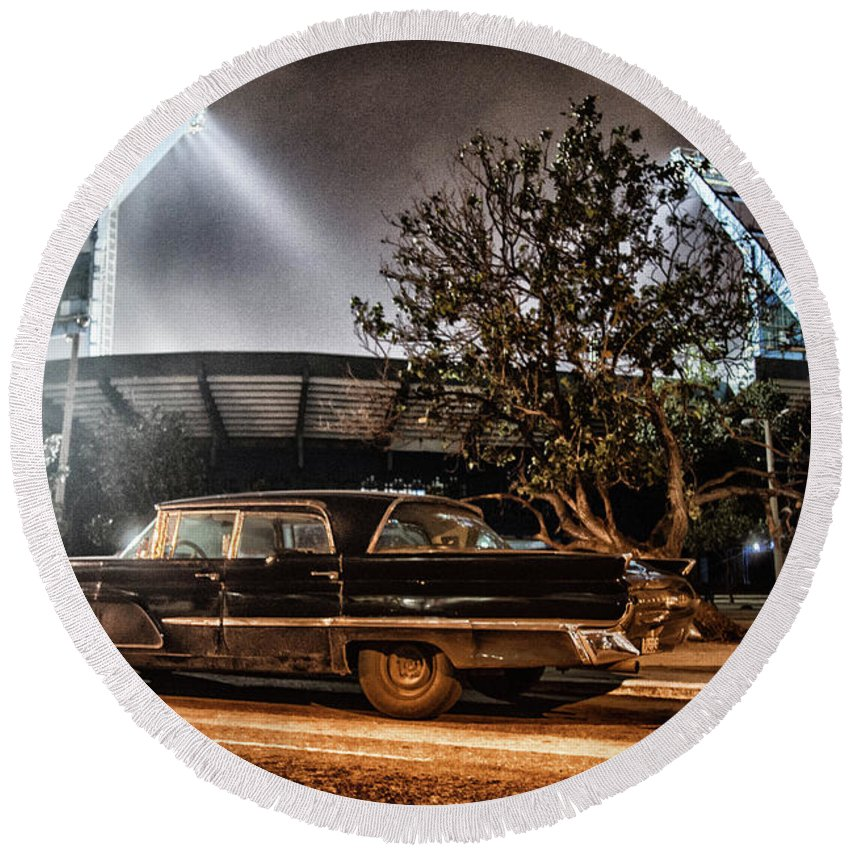 Cuba Round Beach Towel featuring the photograph Industriales Revolution by Phil Selig
