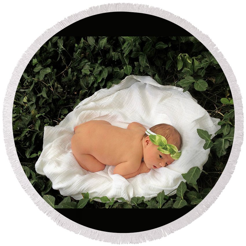 Infant On Ivy Vines Round Beach Towel featuring the photograph Newborn Infant Lying In Ivy by Ginger Wakem