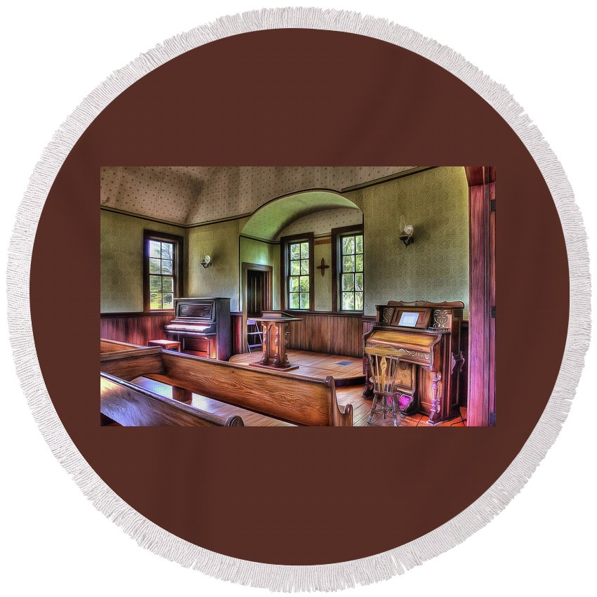 Round Beach Towel featuring the photograph Inside The Oysterville Church by Thom Zehrfeld