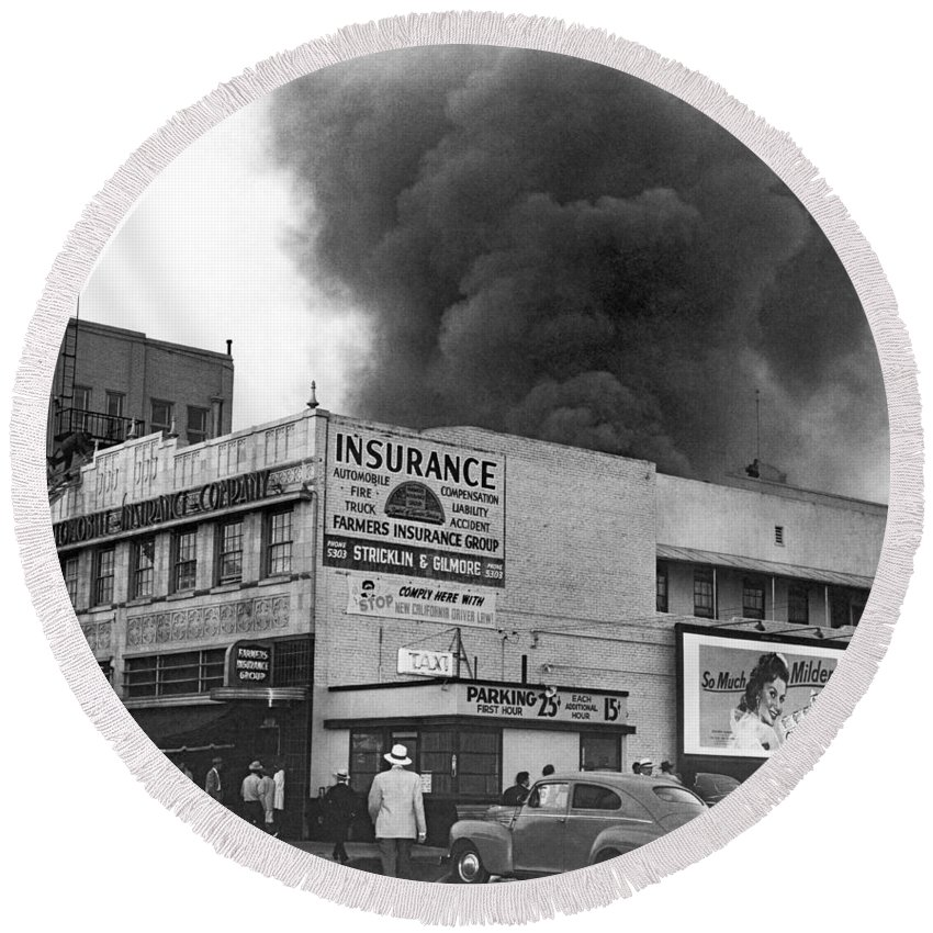 1940s Round Beach Towel featuring the photograph Insurance Company Fire by Underwood Archives