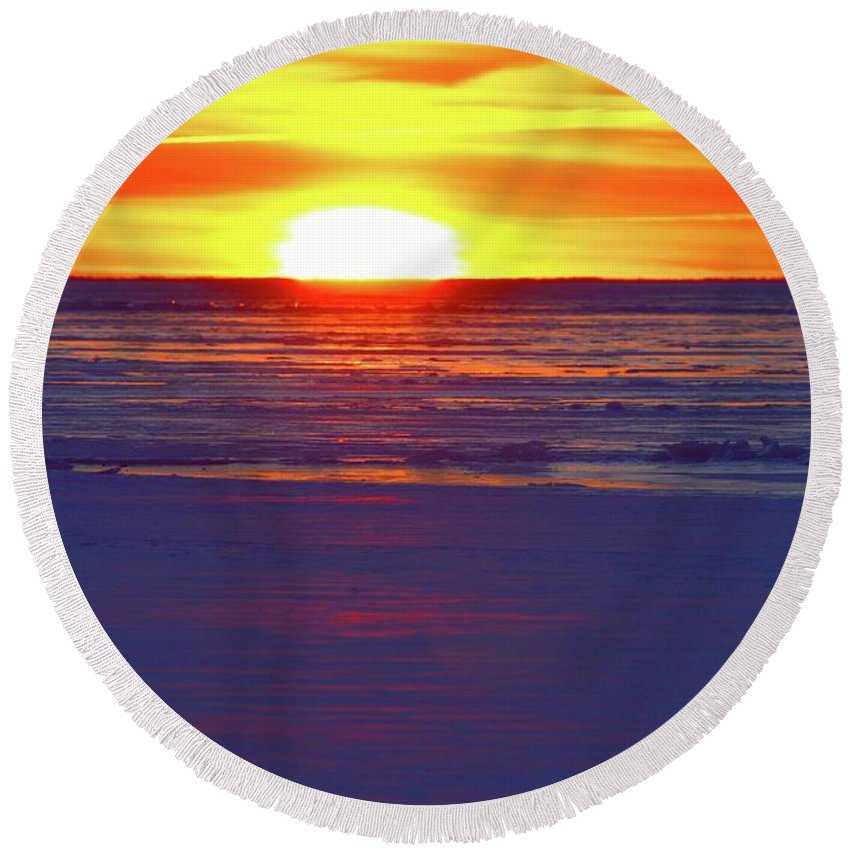 Abstract Round Beach Towel featuring the photograph Into The Light Two by Lyle Crump