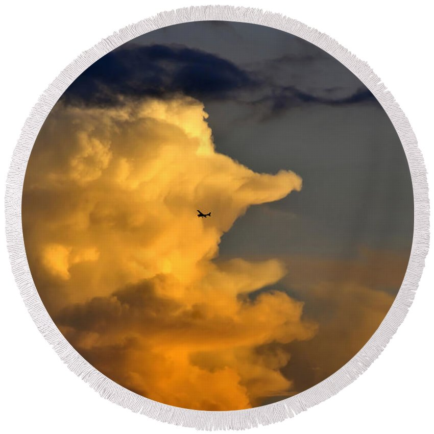 Flying Round Beach Towel featuring the photograph Into The Storm by David Lee Thompson
