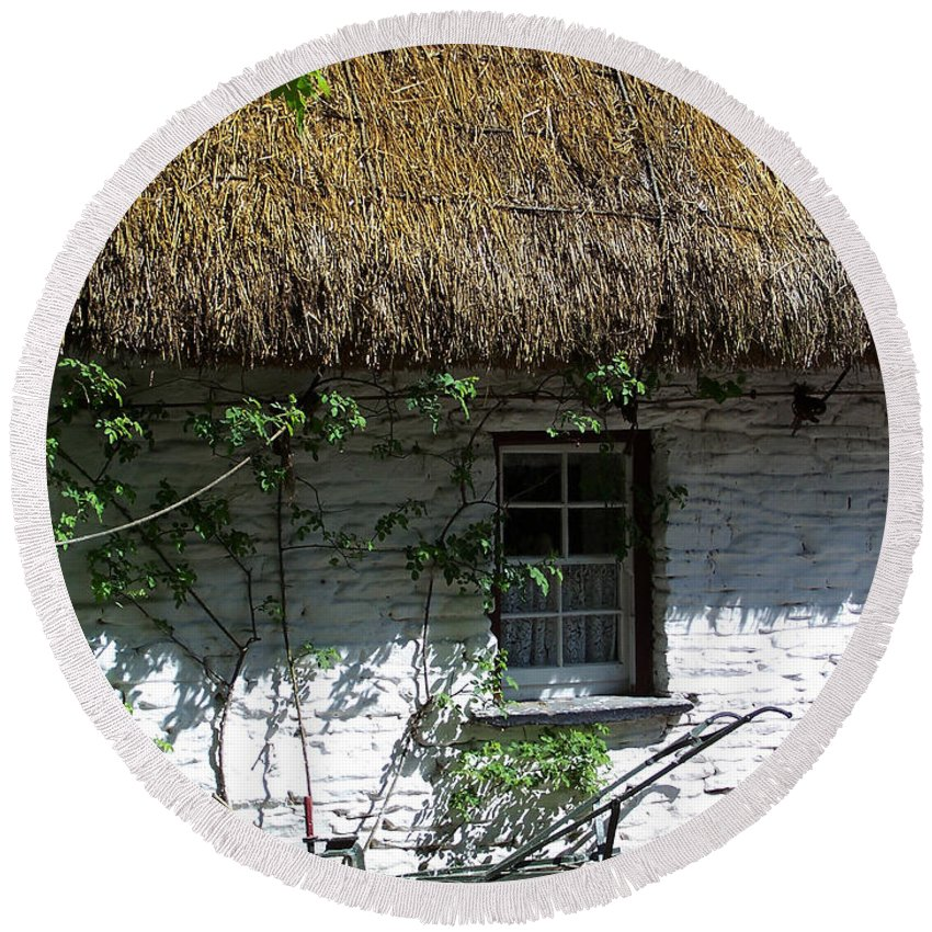 Irish Round Beach Towel featuring the photograph Irish Farm Cottage Window County Cork Ireland by Teresa Mucha