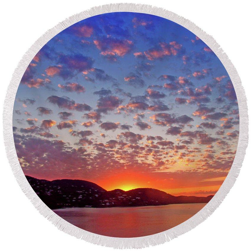 Island Round Beach Towel featuring the photograph Island Sunrise by Scott Mahon