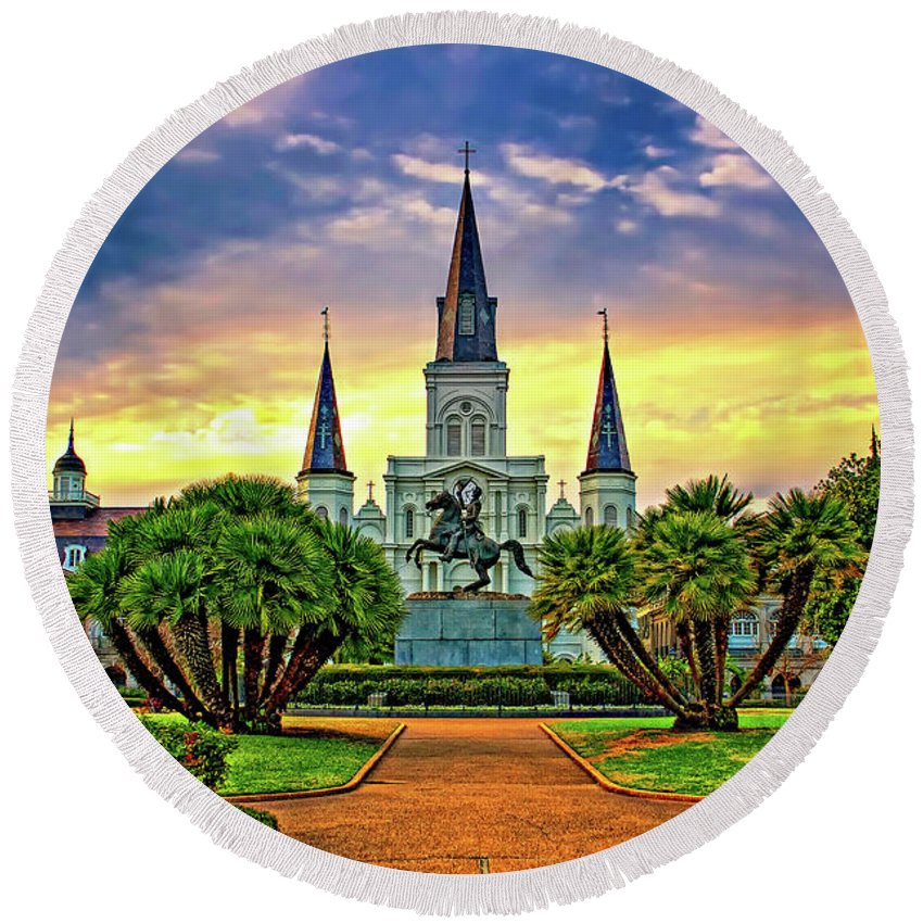 French Quarter Round Beach Towel featuring the photograph Jackson Square Evening by Steve Harrington
