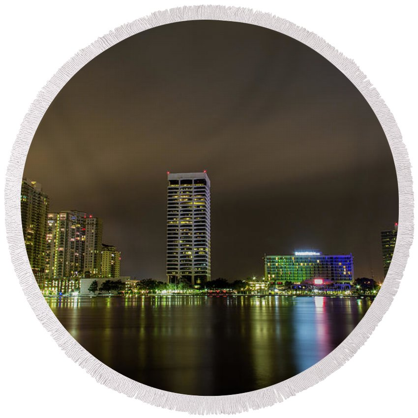 Jacksonville Round Beach Towel featuring the photograph Jacksonville Landing by Kenny Thomas
