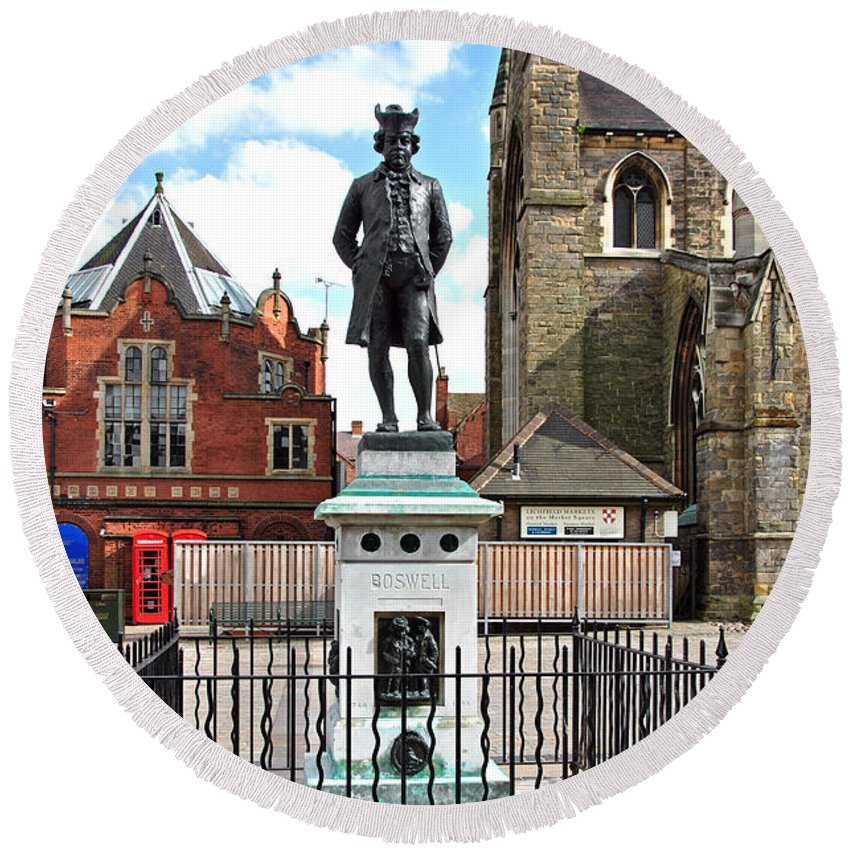 Red Round Beach Towel featuring the photograph James Boswell Statue - Lichfield by Rod Johnson