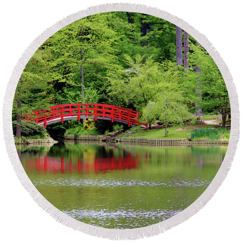 Japanese Garden Round Beach Towel featuring the photograph Japanese Garden Bridge by Cynthia Guinn