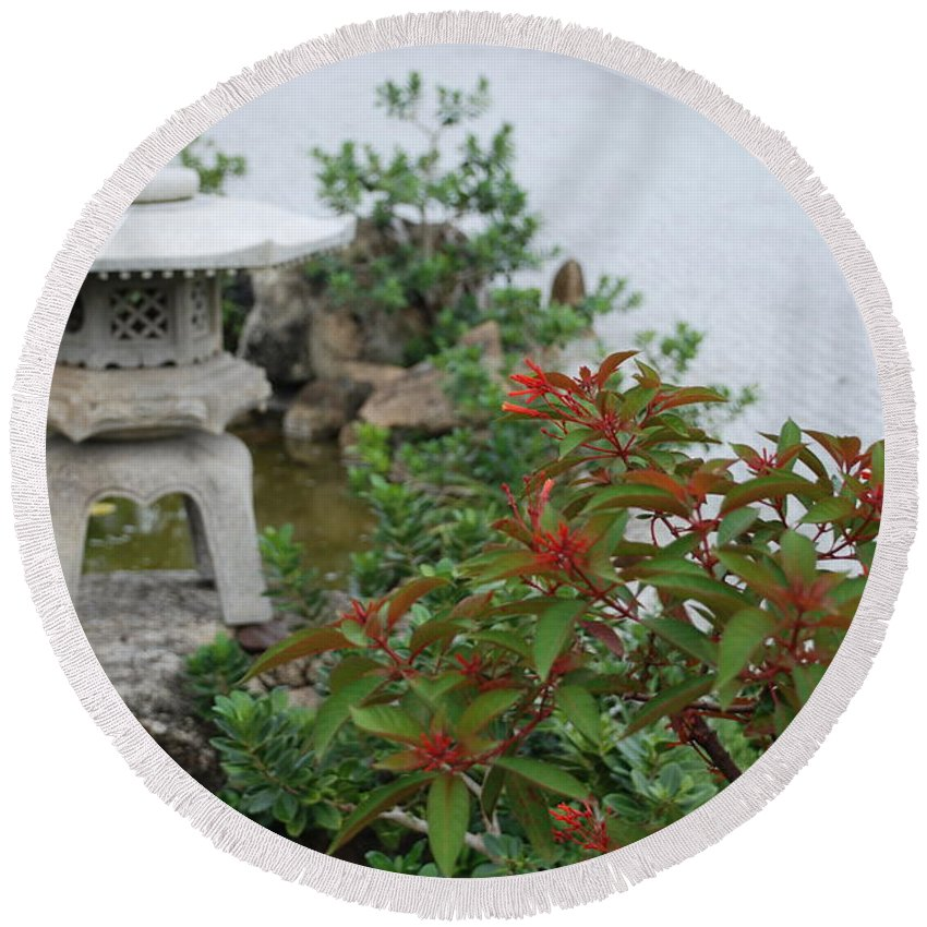 Rocks Round Beach Towel featuring the photograph Japanese Garden Lantern by Rob Hans