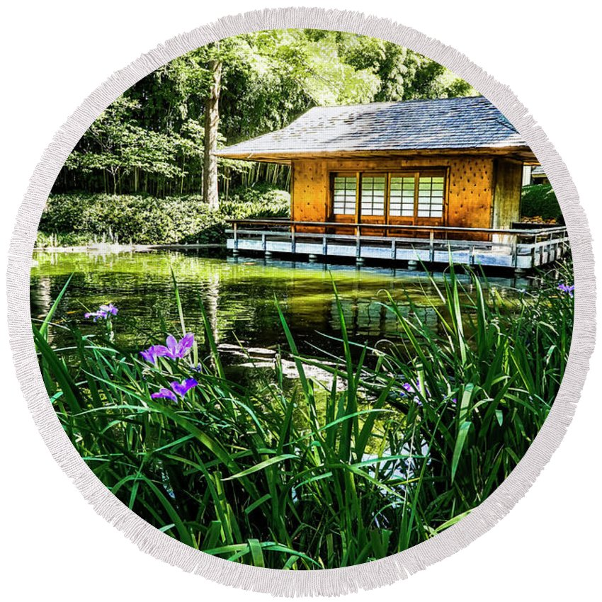 Round Beach Towel featuring the photograph Japanese Gardens II by Joe Paul