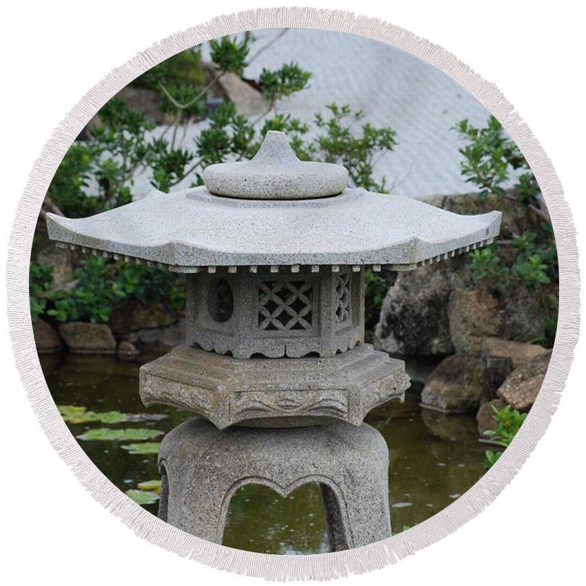 Rocks Round Beach Towel featuring the photograph Japanese Lantern by Rob Hans