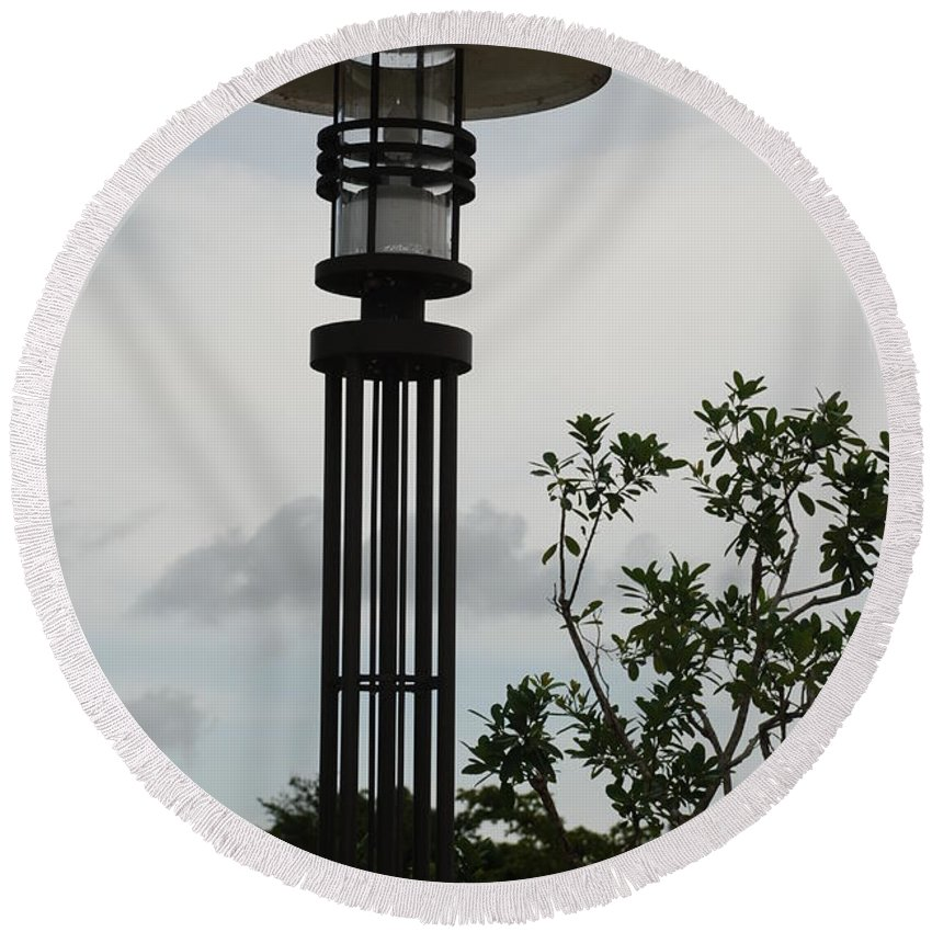 Street Lamp Round Beach Towel featuring the photograph Japanese Street Lamp by Rob Hans