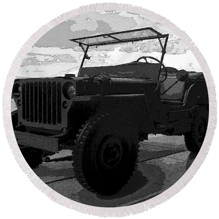 Art Round Beach Towel featuring the painting Jeep by David Lee Thompson