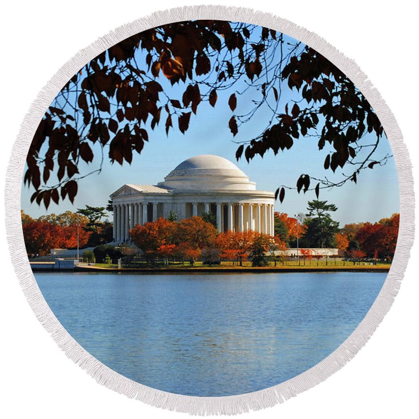 President Round Beach Towel featuring the photograph Jefferson In Splendor by Jost Houk