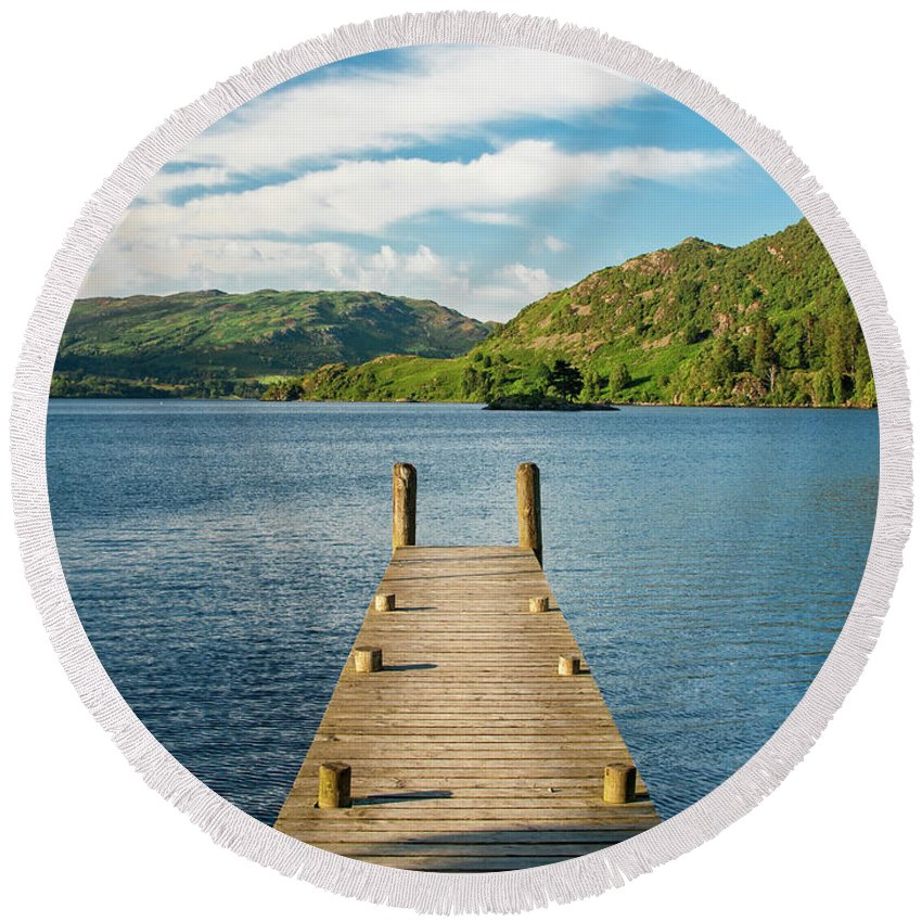 Pier Round Beach Towel featuring the photograph Jetty by Julian Regan
