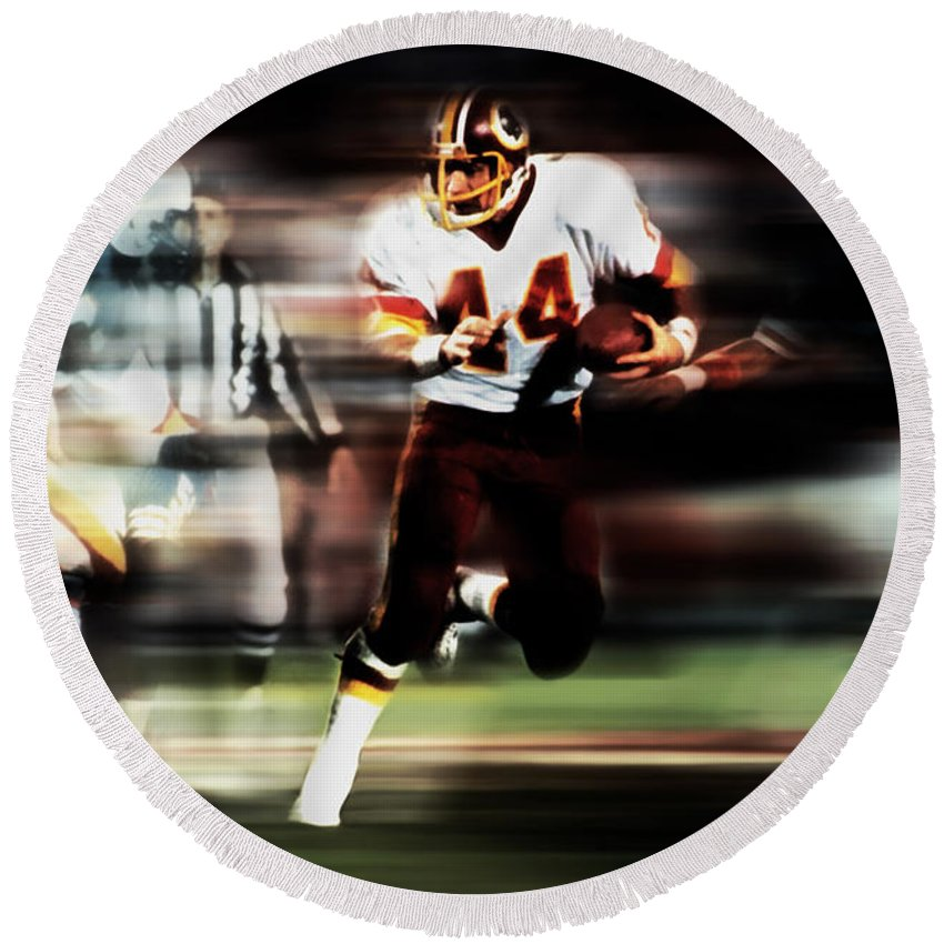 John Riggins Round Beach Towel featuring the mixed media John Riggins by Brian Reaves