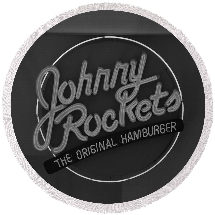 Macro Round Beach Towel featuring the photograph Johnny Rockets by Rob Hans